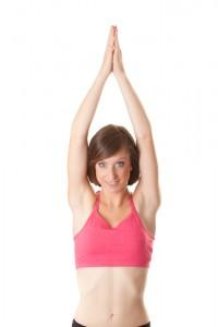 腕をまっすぐ上げる